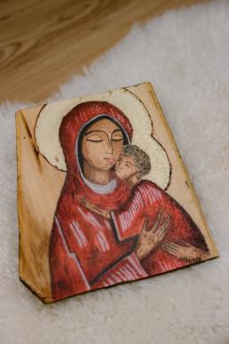 Ikona Maryi z zamkniętymi oczami
