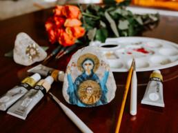 Ikona na kamieniu - Maryja orantka